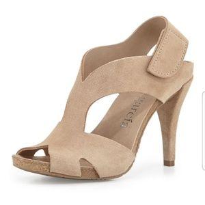 Pedro Garcia Yolanda sandals in Sirocco sz 37 NWT